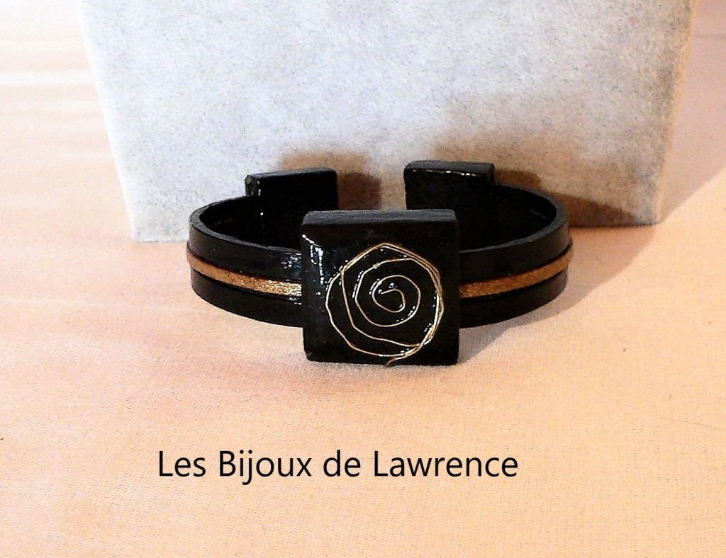 ceramic-bracelet-leather and aluminum-range calligraphy